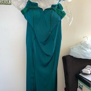 Emerald/hunter green strapless prom dress